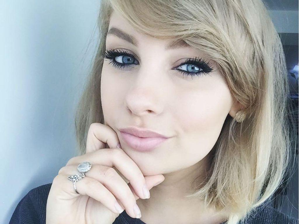 Foto: Seperti Kembar, Wanita Ini Mirip Banget Taylor Swift