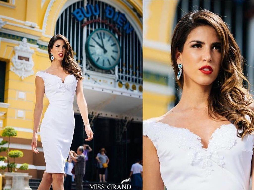 10 Potret Cantik dan Seksi, Miss Grand International 2017 Maria Jose Lora