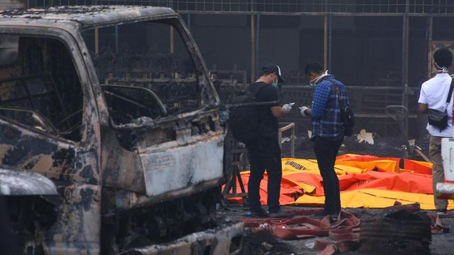 Tiga Korban Tewas Truk Pertamina Terbakar Teridentifikasi