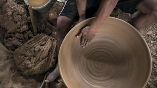 Keramik RI Bebas dari Bea Masuk 'Pengamanan' Filipina