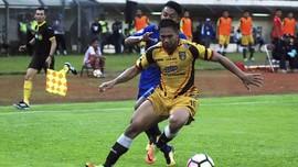 Bek Mitra Kukar Gabung Latihan Persib Bandung