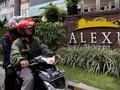Satpam Alexis Foto Identitas Wartawan yang Meliput Lokasi