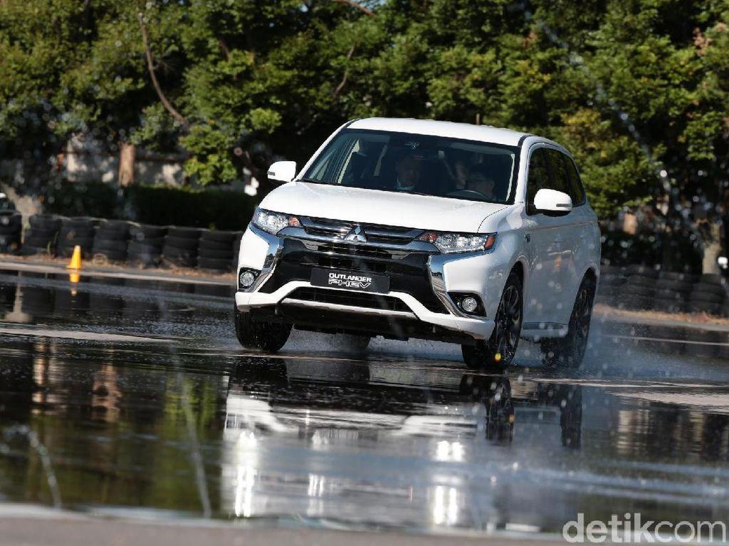 Mitsubishi Sudah Jual 3 Juta Mobil yang 'Disetrum'