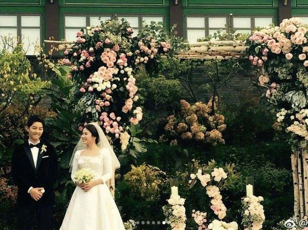 Jangan Baper, Intip Dekorasi Cantik Pernikahan Song Hye Kyo dan Song Joong Ki