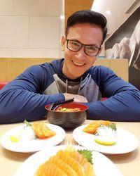 Selain berolahraga, Marcelino juga mengaku menerapkan diet sehat. Hmm jelas terlihat ya dari menu makan siang yang ia pilih. (Foto: Instagram @marcelinolefrandt)