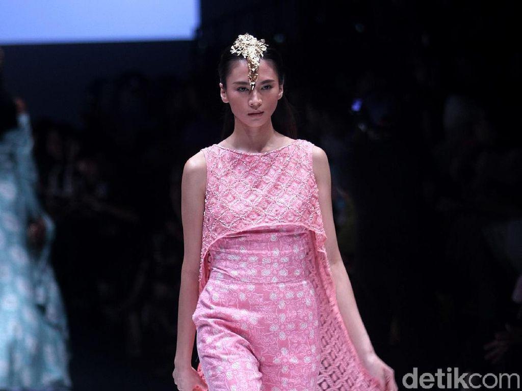 Foto: 25 Koleksi Batik Jambi Karya Barli Asmara