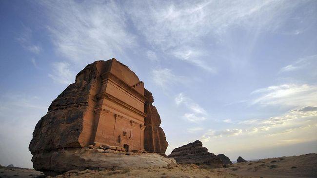 Wanita Saudi Kini Boleh Jadi Pemandu Wisata Berlisensi