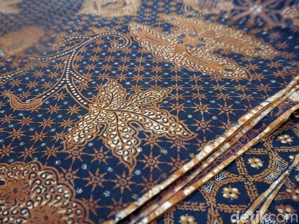 Foto: Ini Batik Pilihan Keluarga Jokowi untuk Pernikahan Kahiyang