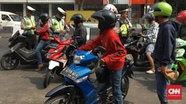 Polisi Periksa Anggota yang Tendang Pemotor hingga Jatuh