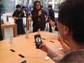 VIDEO: Demi iPhone X, Pembeli Rela Antri Berhari-hari
