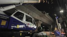 Polisi Duga Jatuhnya Parapet Proyek MRT Akibat Kelalaian