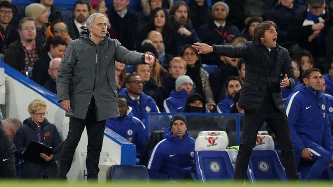 Conte: Insiden Jabat Tangan Mourinho Tidak Penting