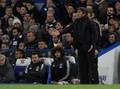 Mourinho: Saya Tak Mungkin Kejar Conte untuk Jabat Tangan