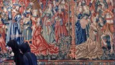 Fokus utama dari koleksi museum ini adalah pada sejarah dunia dan agama. Di antara koleksi agama adalah alquran abad ke-6, injil gotik, dan taurat Yemeni. (AFP PHOTO / GIUSEPPE CACACE)