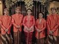 Ribuan Warga 'Tumplek-Blek' Hadiri Pernikahan Kahiyang-Bobby