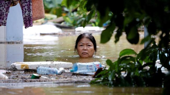 FOTO: Jelang APEC, 60 Orang Tewas di Vietnam Akibat Badai