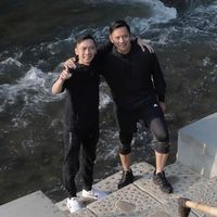 Kalau ini adalah sepasang adik kakak, Ibas dan Agus Yodhoyono yang kompak menggeluti olahraga lari. (Foto: Instagram @agusyudhoyono)