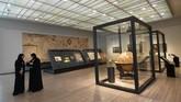 Sekitar lima persen dari museum didedikasikan untuk seni kontemporer dan modern, termasuk karya monumental Ai Weiwei dari China. (AFP PHOTO / GIUSEPPE CACACE)