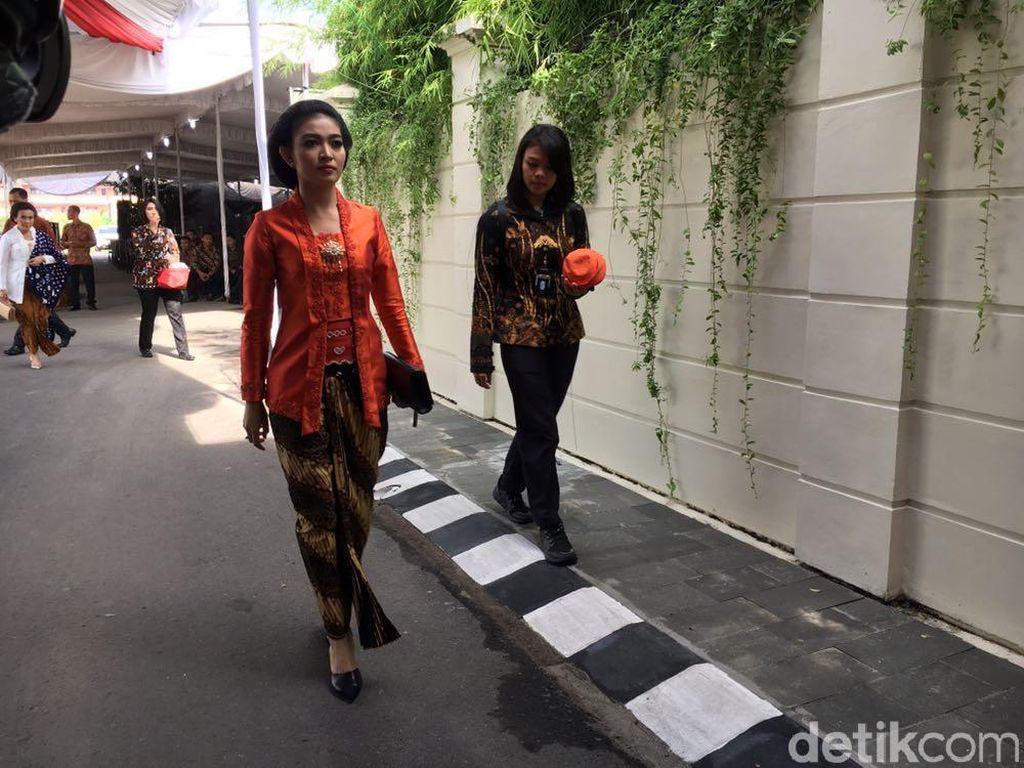 Foto: Mantu Jokowi Ayu Banget di Siraman Kahiyang Ayu