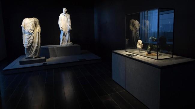 Selama 10 tahun ke depan, 13 museum terkemuka Prancis akan meminjamkan karya mereka ke UAE dengan durasi paling lama dua tahun. (AFP PHOTO / GIUSEPPE CACACE)