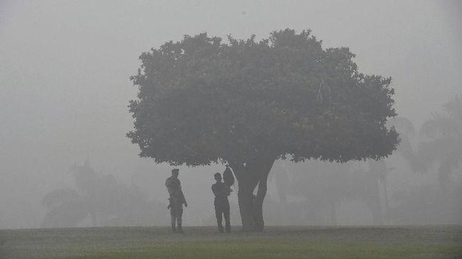 Polusi Udara Jadi Biang Kerok Warga China Tak Bahagia