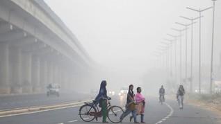 FOTO: Kabut Asap Mencekik New Delhi