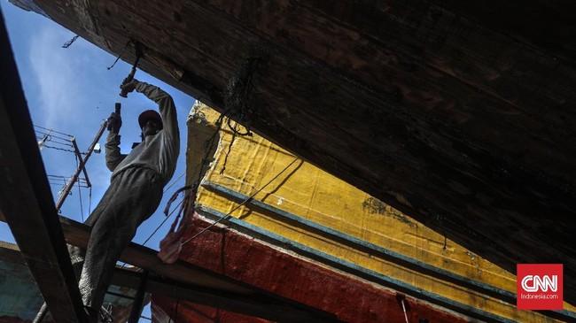 Guna mendorong industri galangan kapal, pemerintah telah memberikan insentif fiskal, di antaranya bea masuk ditanggung pemerintah untuk 15 komponen kapal yang belum bisa diproduksi di dalam negeri.(CNNIndonesia/Adhi Wicaksono)