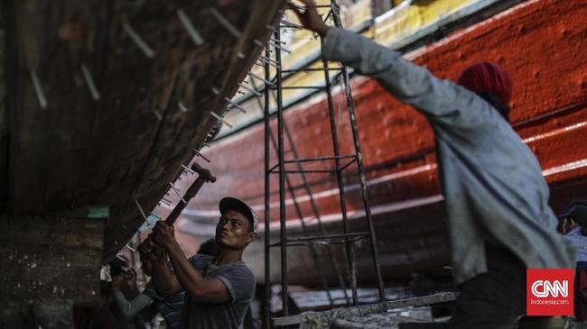 Namun, selain berfungsi meningkatkan aktivitas ekonomi, sektor maritim juga menjadi simbol kekuatan dan kedaulatan negara. (CNNIndonesia/Adhi Wicaksono)