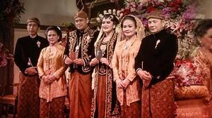 Pernikahan Kahiyang-Bobby