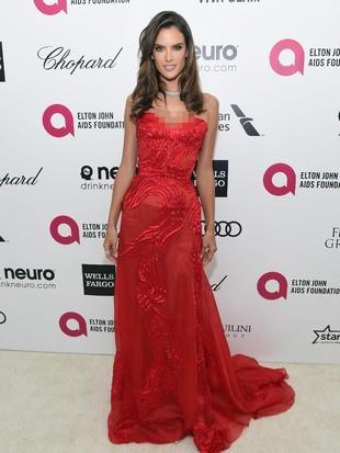 Foto: Alessandra Ambrosio, Si Cantik yang Pisah Setelah 10 Tahun Tunangan