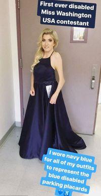 Setelah mendapatkan kepercayaan dirinya, ia pun ambil bagian dalam kontes kecantikan Miss Washington AS 2017. Ternyata ada misi khusus yang ingin dibawanya dalam ajang ini, salah satunya menghapus stigma tentang difabel seperti dirinya. Foto: Instagram/crooked_loves