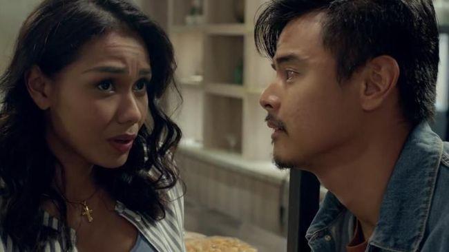 Polling CNN: 'Cek Toko Sebelah' Dijagokan Jadi Film Terbaik