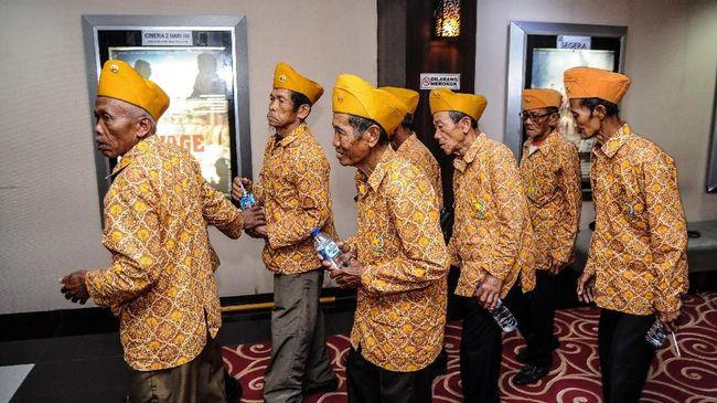 Jokowi Naikkan Dana Kehormatan dan Tunjangan Veteran