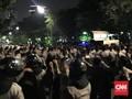 Diultimatum Polisi, Massa Buruh di Istana Bubarkan Diri
