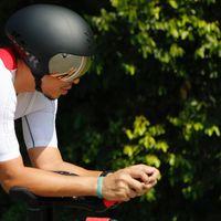 Engku diketahui memang senang olahraga terutama bersepeda. (Foto: Instagram/iamkumbre)