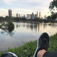 Salah satu hal yang membuat Engku senang berolahraga di luar ruangan adalah pemandangan indah di sepanjang perjalanannya. (Foto: Instagram/iamkumbre)
