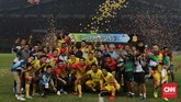Meski kalah dari Persija Jakarta, Bhayangkara FC tetap menjadi juara Liga 1 2017 setelah unggul head-to-head atas Bali United di klasemen akhir. (CNN Indonesia/Adhi Wicaksono)