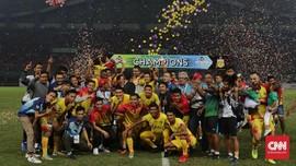Roberto Carlos Datang, Kompetisi Pelatih Asing Liga 1 Memanas