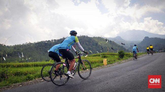 Gowes Tour De Borobudur 2018 Akan Lintasi Tol Semarang-Batang