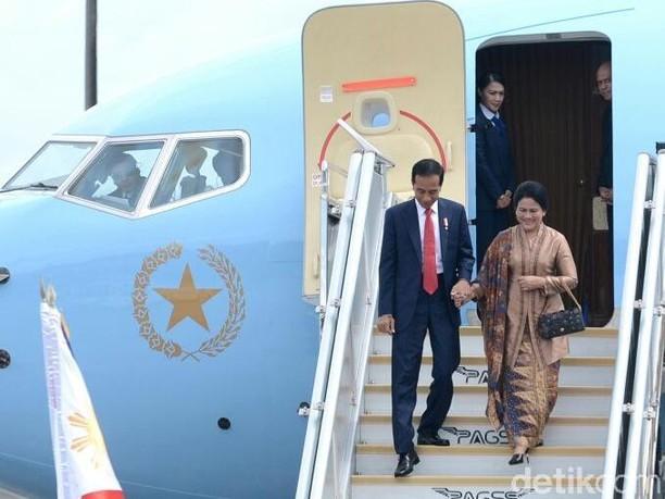 Momen-momen Kemesraan Jokowi Bergandengan dengan Iriana