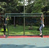 Ternyata, Gisel rajin menjaga kebugaran tubuhnya dengan berolahraga. Di beberapa kesempatan, Gisel pun kerap mengajak sang anak, Gempita melakukan olahraga bersama. Instagram @gisel_la