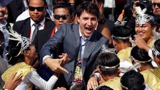 Pesawat Kampanye PM Kanada Ditabrak Bus Pengangkut Jurnalis