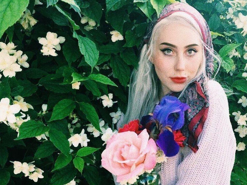 Foto: Wanita Ini Mirip Banget Lady Gaga dan Buat Netizen Bingung