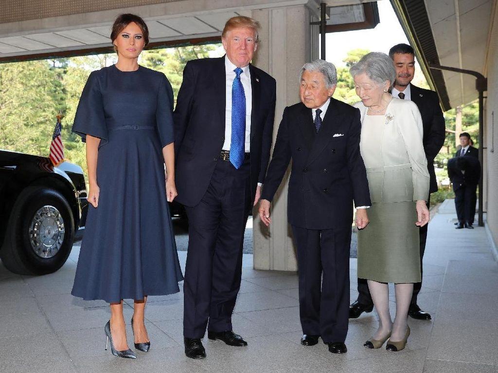 Foto: Melihat Penampilan Melania Trump di Asia dengan Total Rp 500 Jutaan
