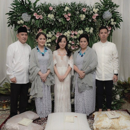 Foto: Inspirasi Busana Pengajian Jelang Pernikahan dari 8 Selebriti Indonesia