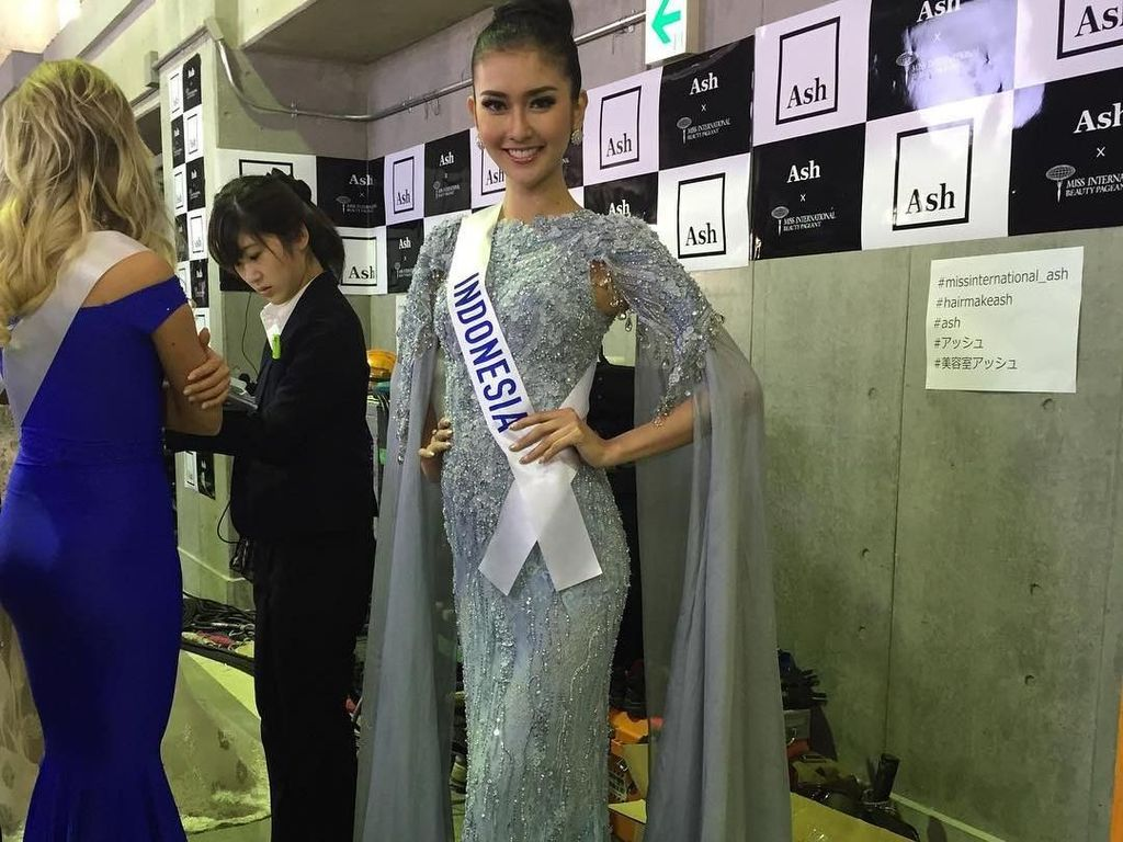 Foto: Juara Miss International 2017, Ini Aksi Kevin Lilliana di Malam Final