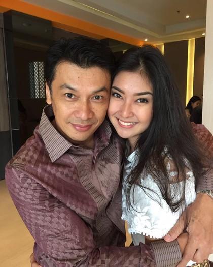 Foto: Ayah Ganteng Kevin Liliana Juara Miss International Bikin Gagal Fokus