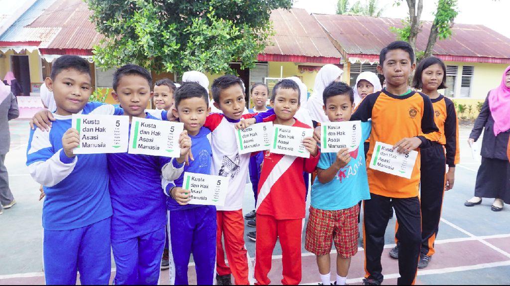 Potret Anak Sekolah Dasar Antusias Mengenal Kusta