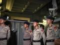 VIDEO: Petugas KPK dan Polisi Datangi Kediaman Setya Novanto