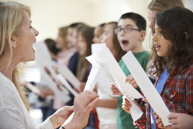 Buat Kamu yang Sedang Mandi, Jangan Lupa Menyanyi Kalau Mau Sehat